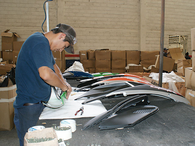 DINAMO Motos y accesorios para motos   Red de agencias en todo el país